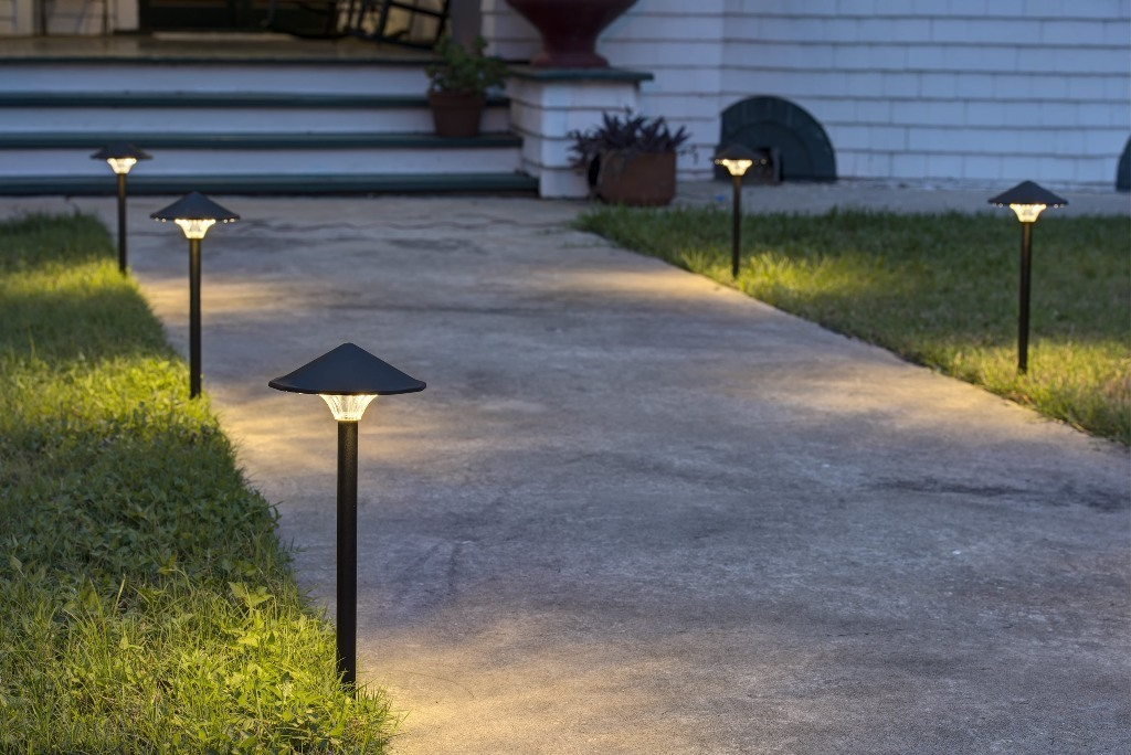 7 reasons why you need to switch to energy efficient led for Landscape and lighting