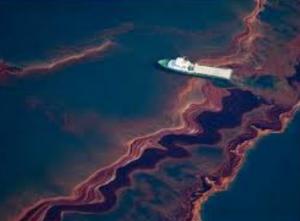 oil spill-trawler