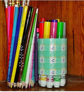 reuse-plastic-bottle-pencil-holder